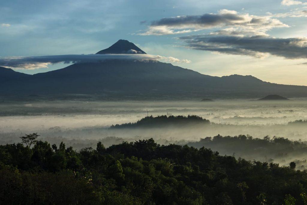 Borobodur Sunrise Bukit Punthuk Setumbu