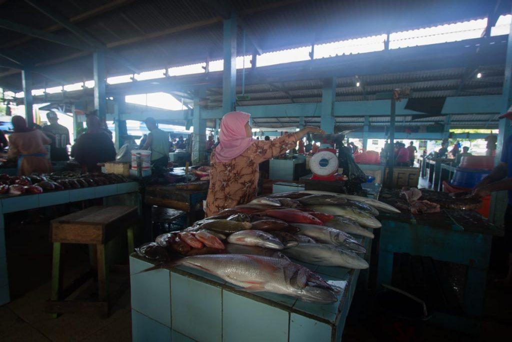 Fish market Bastiong Ternate