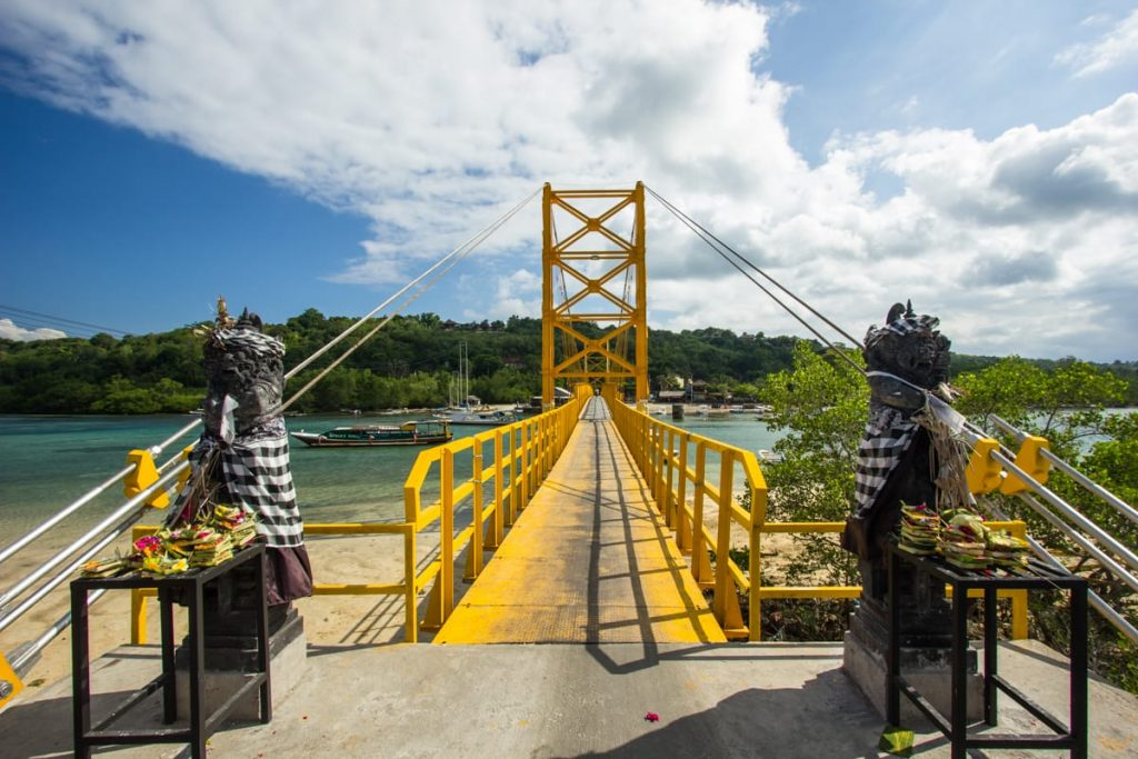 New Yellow Bridge Ceningan