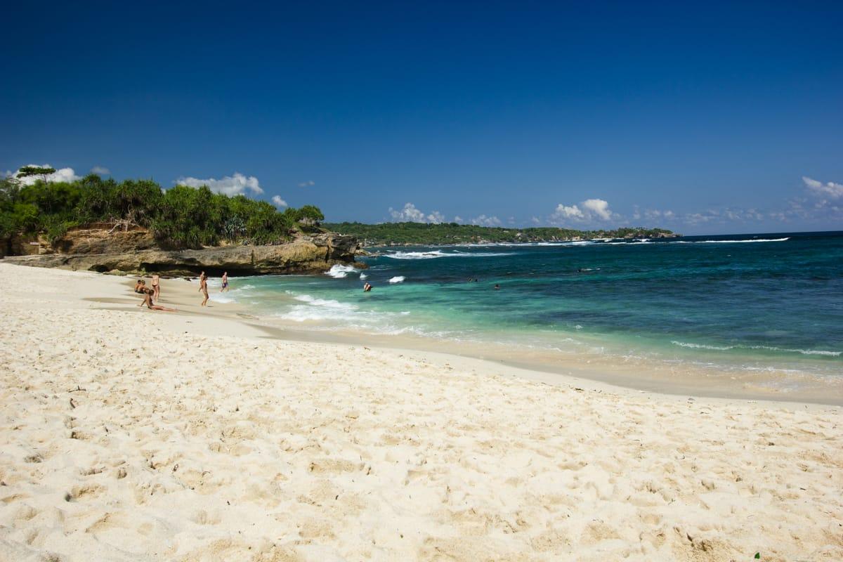 dream beach nusa