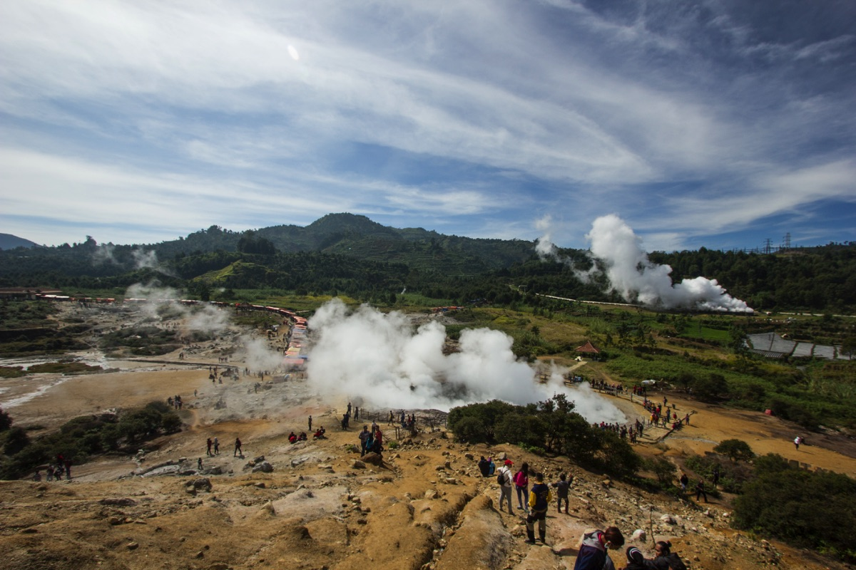 Sikidang crater Dieng
