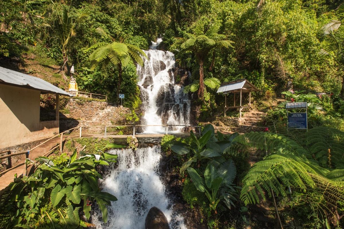 Jembong waterfall Bali