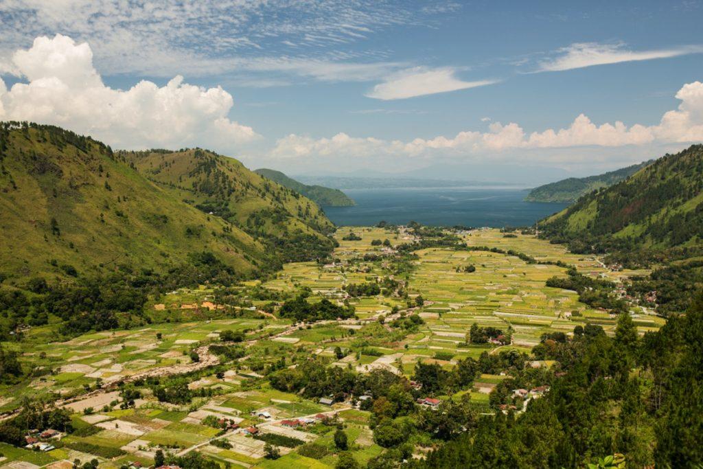Lake Toba Bakara