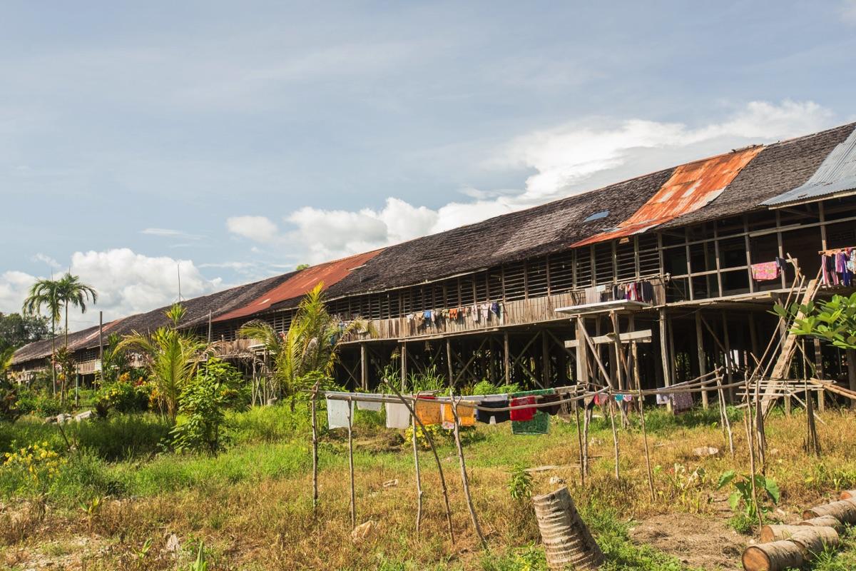 Benua Tengah longhouse