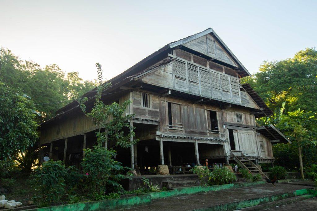 Rumah Adat Buton